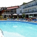 kini-park-hotel-swimming-pool
