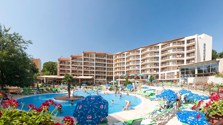 Modern restaurant table setting - Madara Park Hotel In Golden Sands Bulgaria