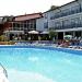 kini-park-hotel-swimming-pool