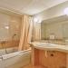 Marina Grand Beach Hotel Bathroom